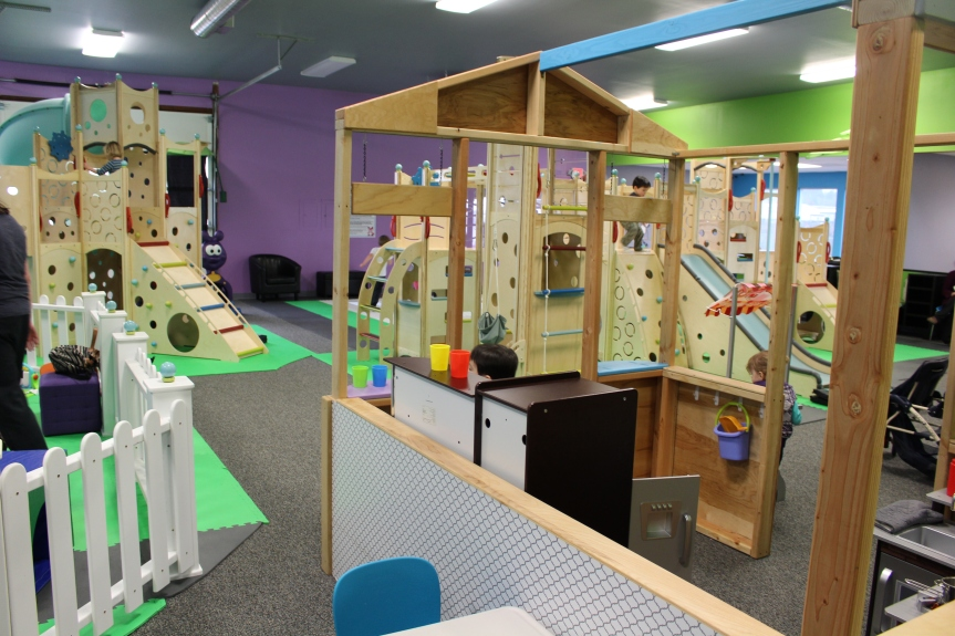 Salem's NEW Indoor Playground: Clubhouse Adventures