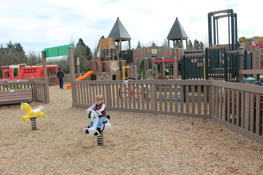 Parks and Playgrounds: The Big Toy at Keizer Rapids Park