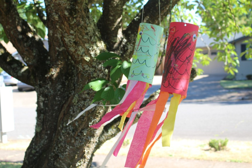 Summer Craft: Fishy WindsockKites