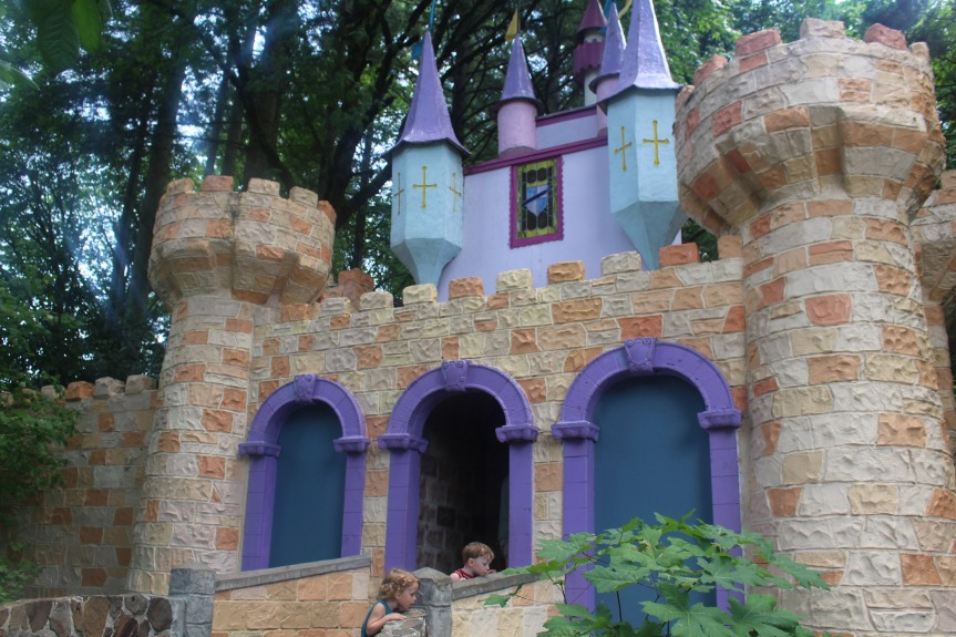 Day Trip: The Enchanted Forest ThemePark