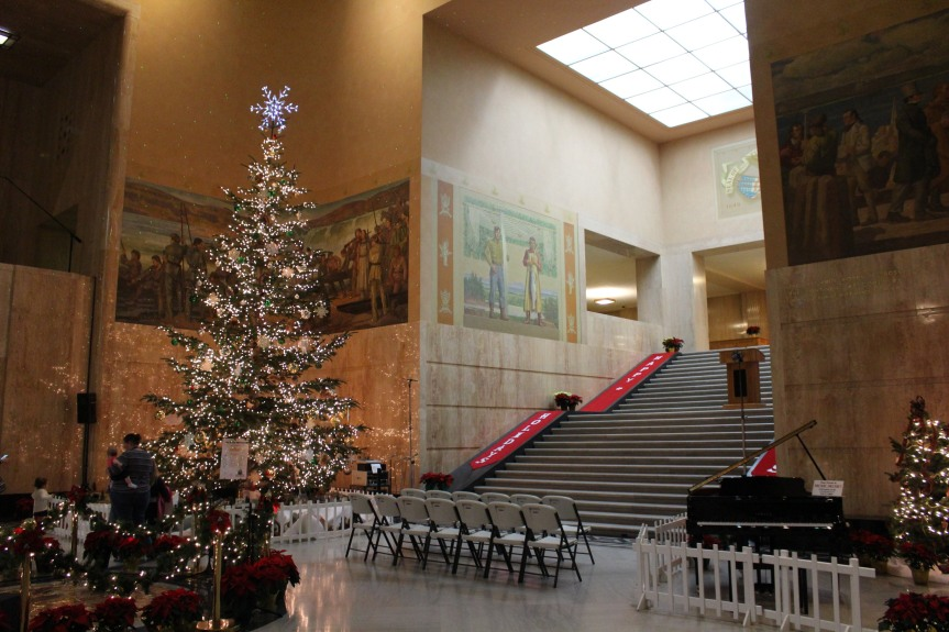 Holidays at the Capitol: The 35th Annual Grand Tree Lighting Ceremony